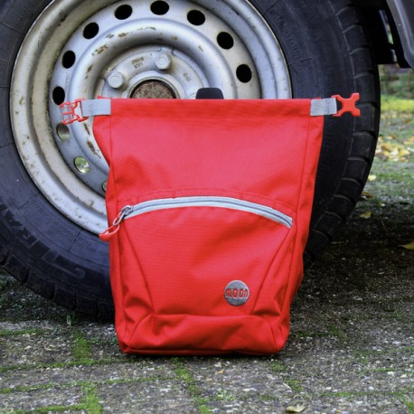 Moon Bouldering Chalk Bag True Red