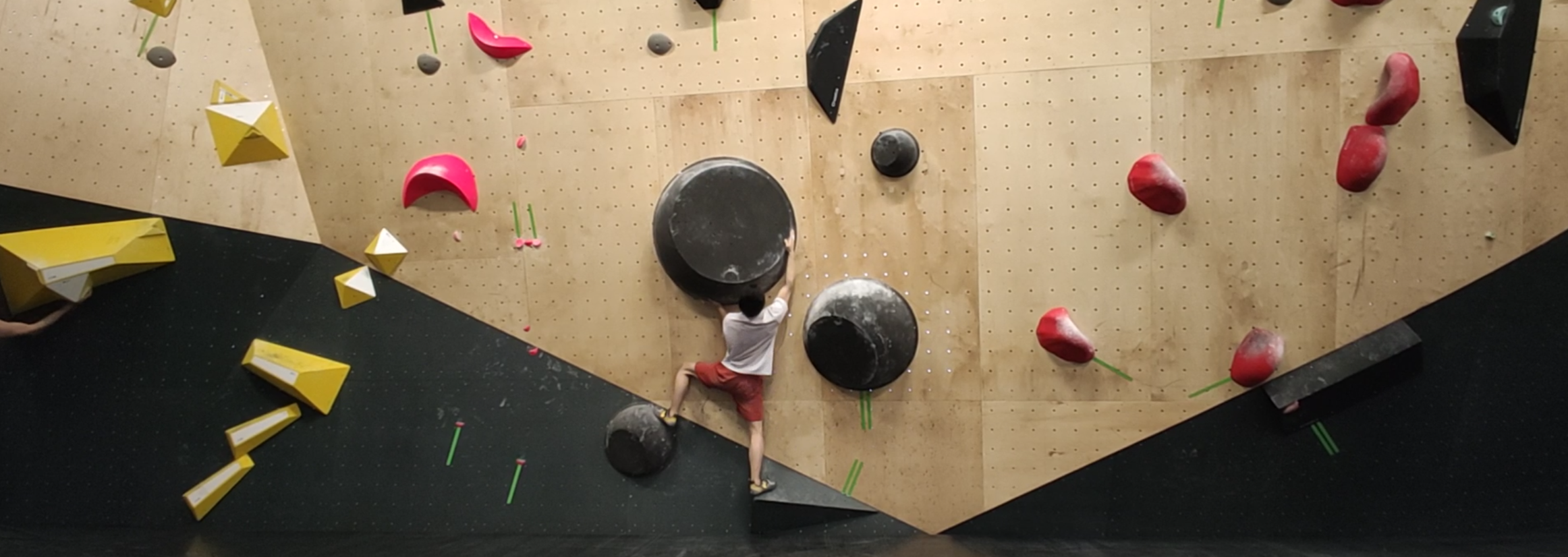 Better bouldering with POF!ZAK
